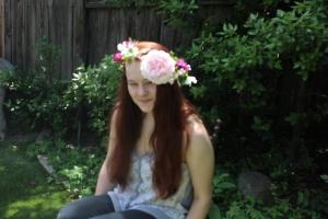FloralCrownCloseUp